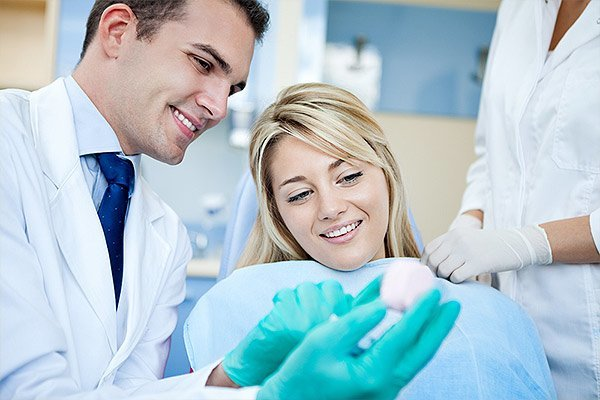 Questions to Ask at Your Free Dental Implants Consultation Bellevue, WA